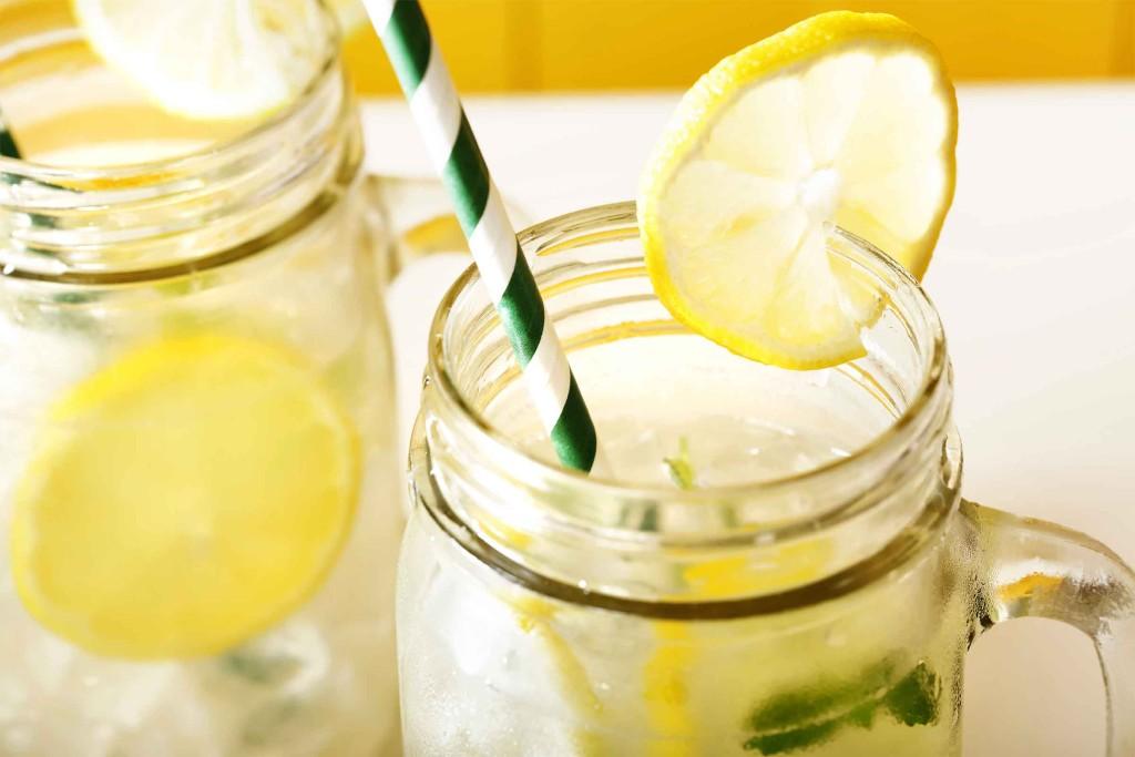 02-soda-alternatives-lemonade
